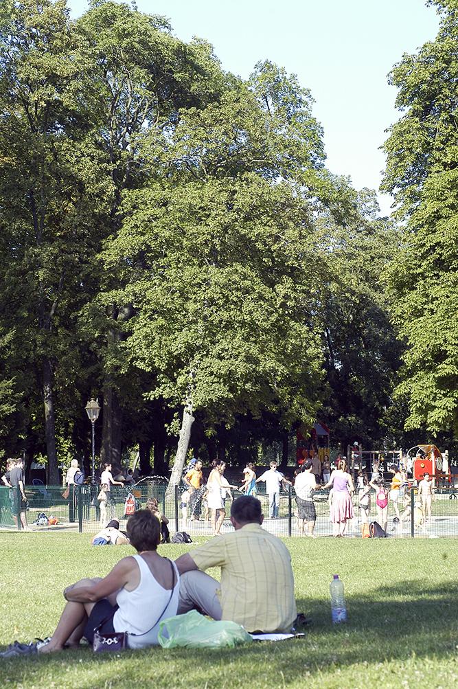 Parcs et jardins ville de conflans sainte honorine for Piscine de conflans